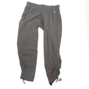 Gap Women's Black Active Pants Size Small
